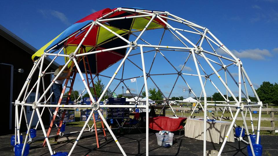 Mother earth news fair west bend wisconsin the zip tie - The geodesic dome in connecticut call of earth ...